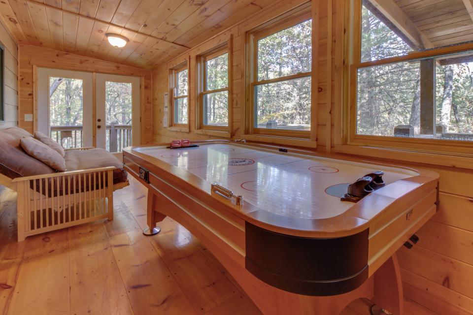 Cherokee Point Cabin - Ellijay Vacation Rental - Photo 12