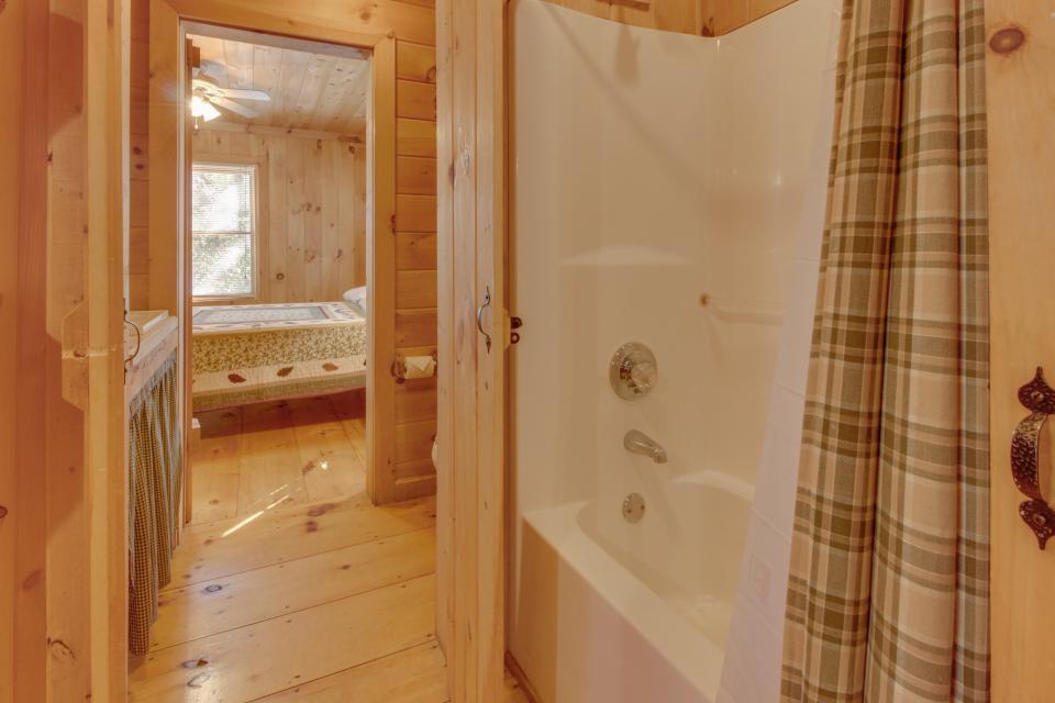 Cherokee Point Cabin - Ellijay Vacation Rental - Photo 17