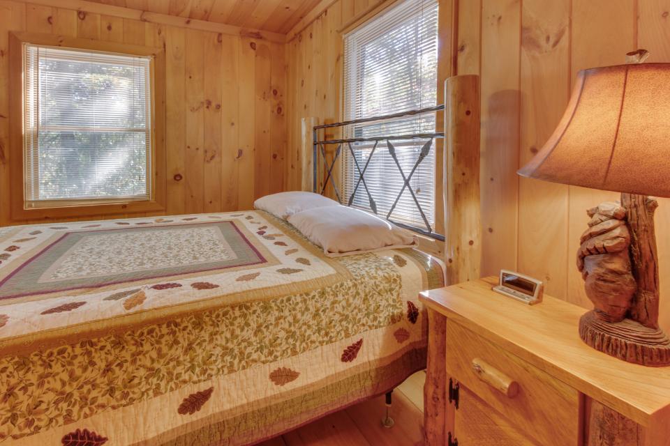 Cherokee Point Cabin - Ellijay Vacation Rental - Photo 40