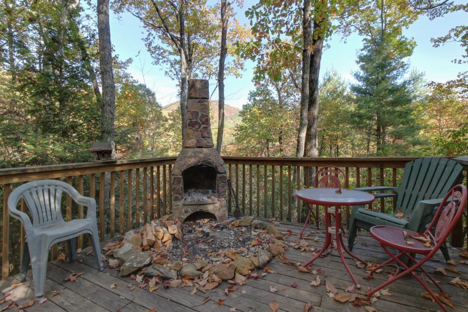 Cherokee Point Cabin - Ellijay Vacation Rental - Photo 5