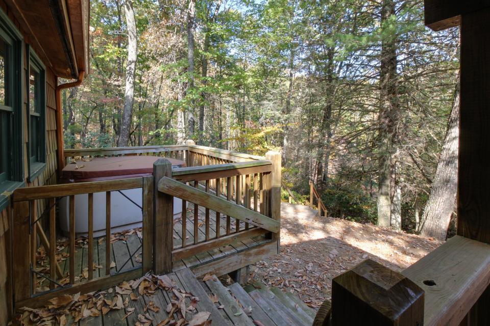 Cherokee Point Cabin - Ellijay Vacation Rental - Photo 46