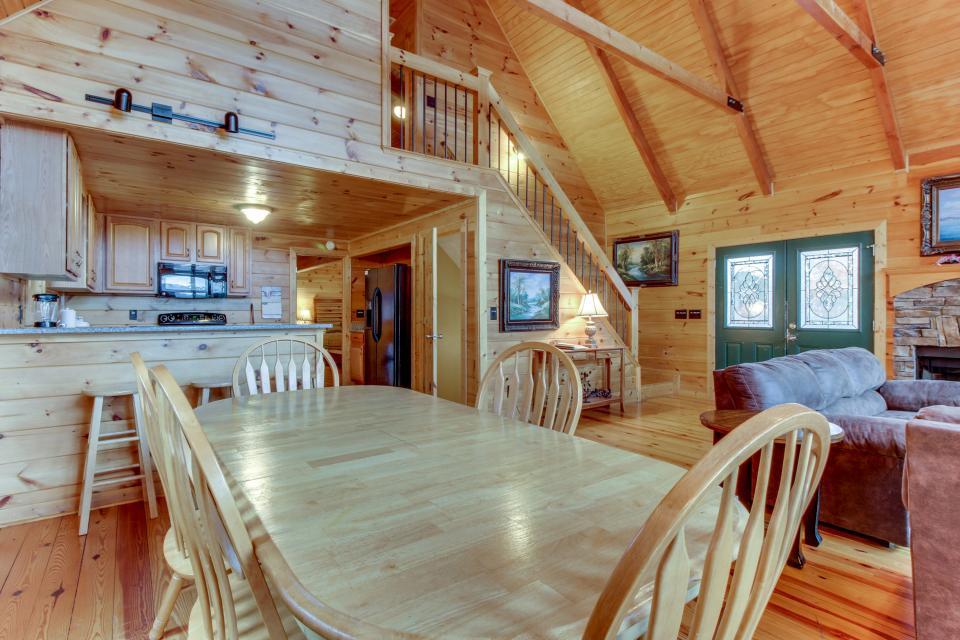 Cherokee Overlook Cabin - Chatsworth Vacation Rental - Photo 30