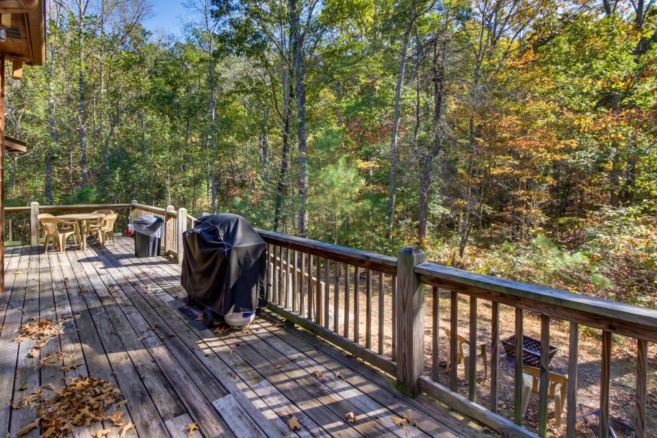 Closer to Heaven Cabin - Talking Rock Vacation Rental - Photo 6