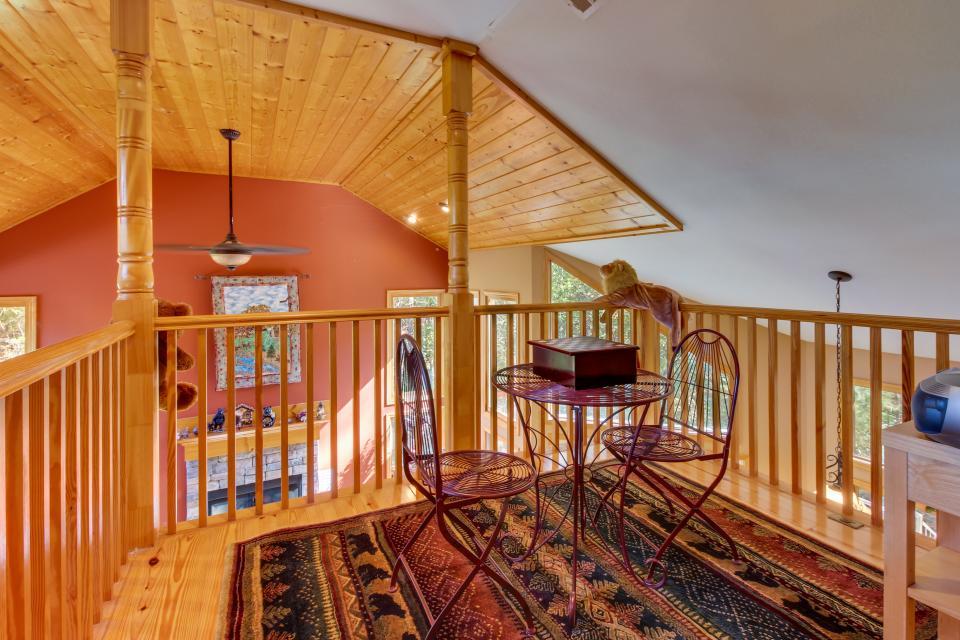 Closer to Heaven Cabin - Talking Rock Vacation Rental - Photo 15