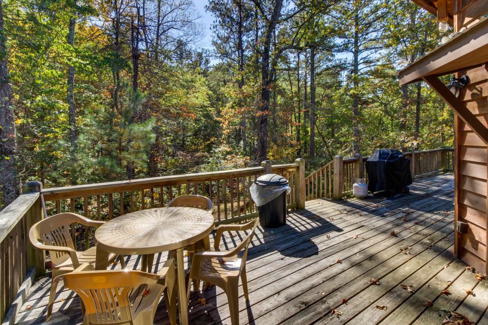Closer to Heaven Cabin - Talking Rock Vacation Rental - Photo 24