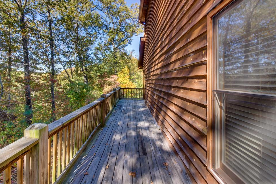 Closer to Heaven Cabin - Talking Rock Vacation Rental - Photo 26