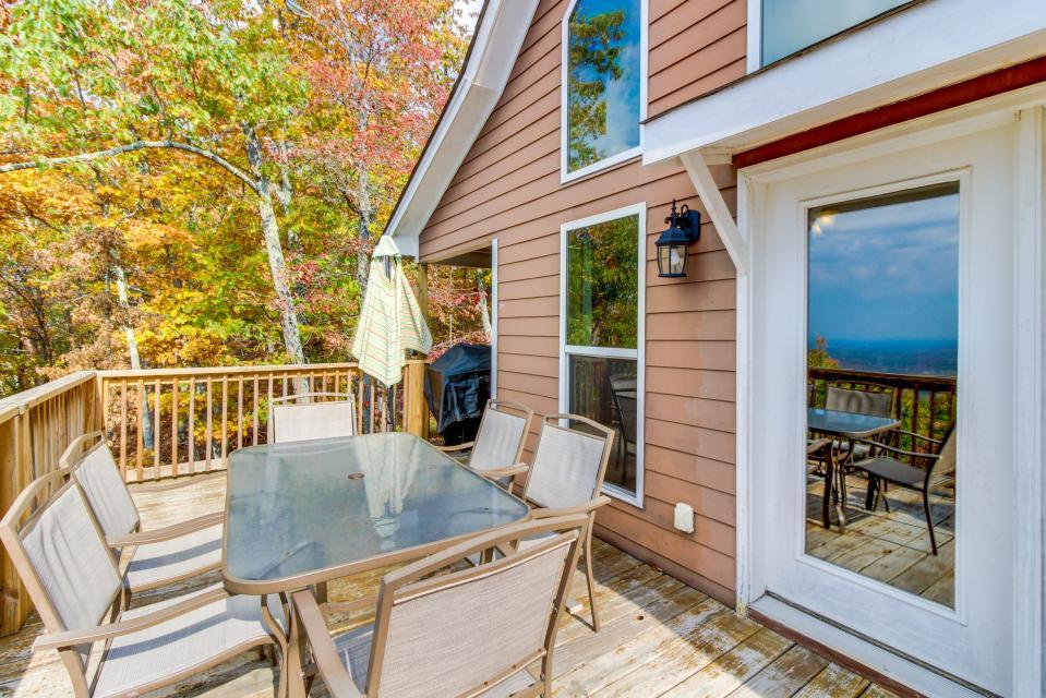Copper Ridge Cabin - Ranger Vacation Rental - Photo 6