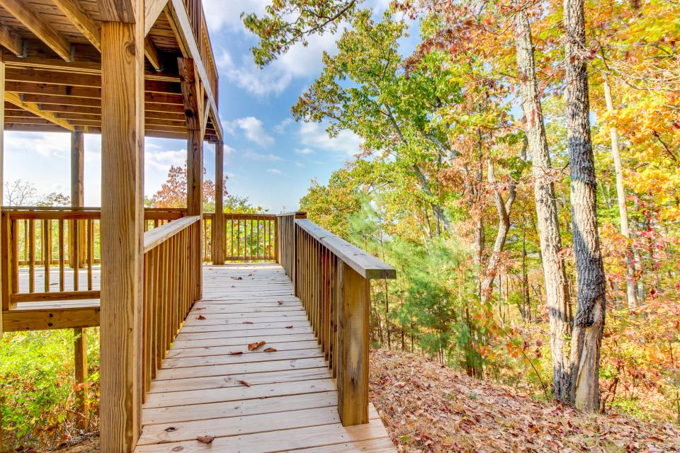 Copper Ridge Cabin - Ranger Vacation Rental - Photo 5