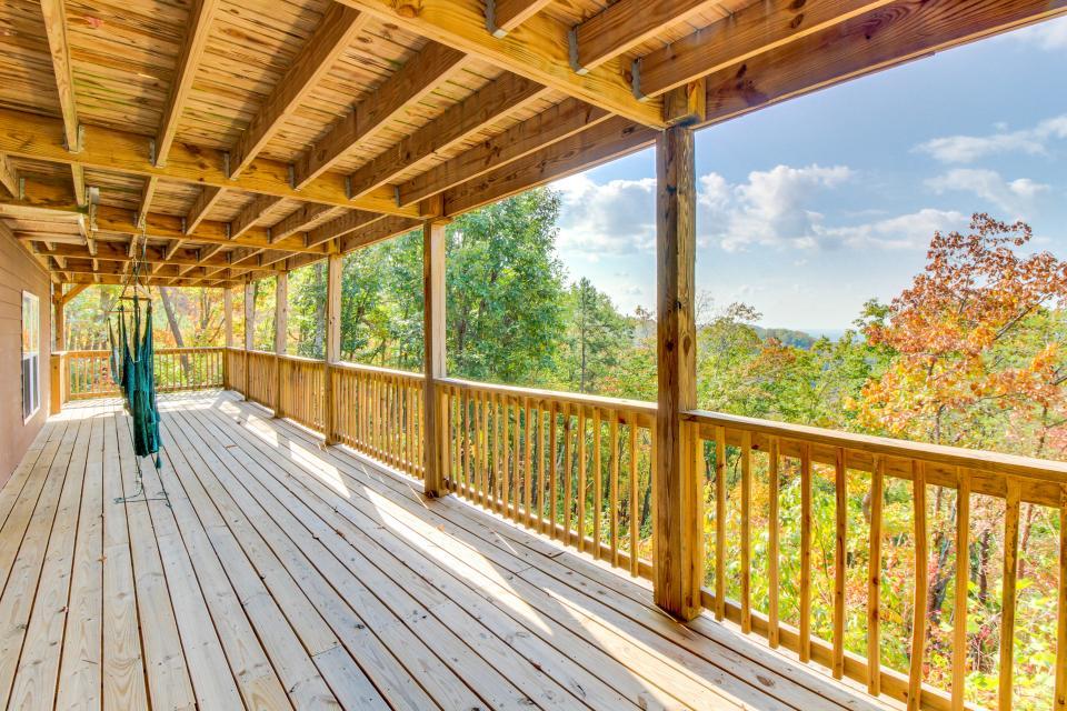 Copper Ridge Cabin - Ranger Vacation Rental - Photo 27