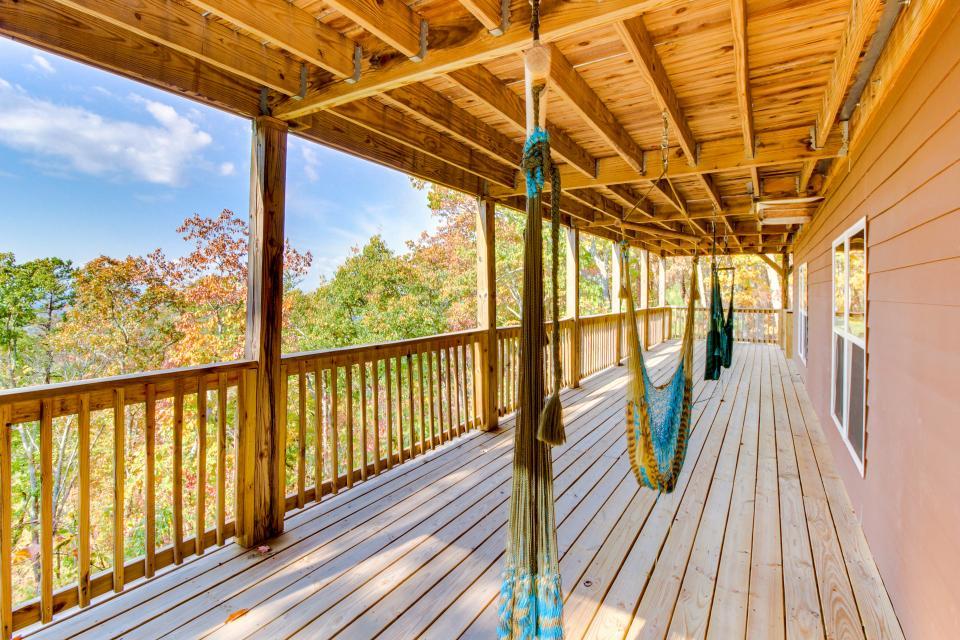 Copper Ridge Cabin - Ranger Vacation Rental - Photo 25