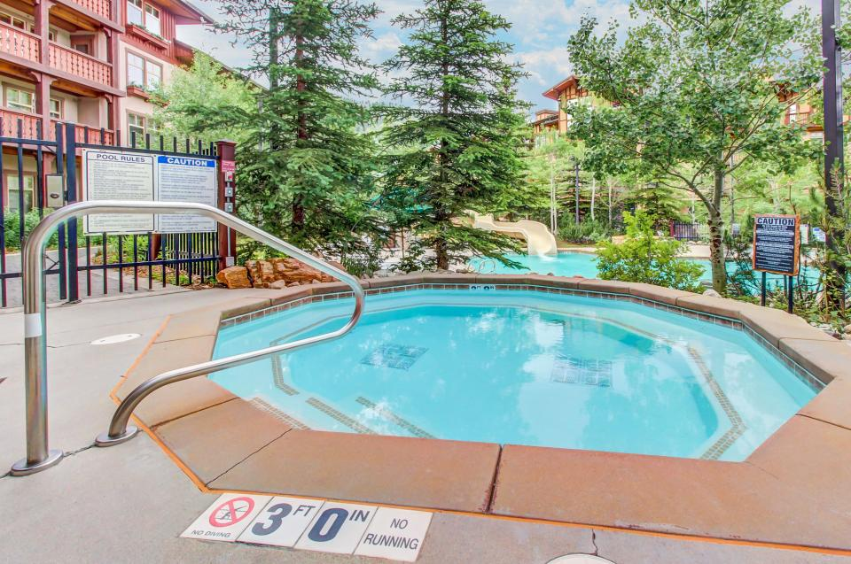 Eagle Springs East 107: Lady Fern Suite - Solitude Vacation Rental - Photo 29