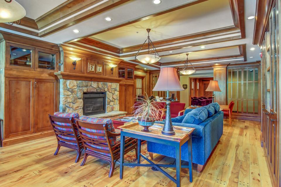 Eagle Springs East 107: Lady Fern Suite - Solitude Vacation Rental - Photo 38