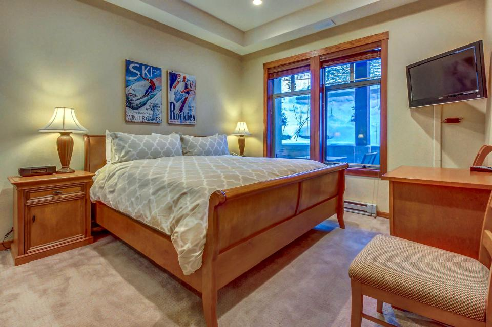 Eagle Springs East 107: Lady Fern Suite - Solitude Vacation Rental - Photo 22