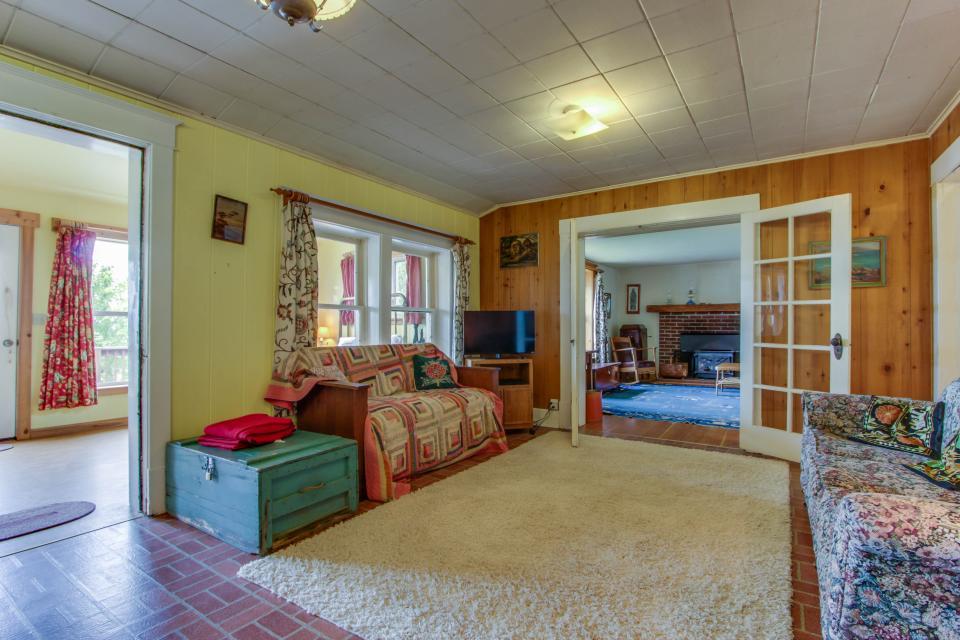 Mackinaw Getaway  - Sagle Vacation Rental - Photo 5