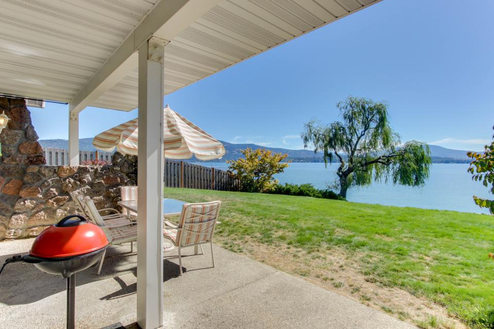 Lakeside Living On Pend Oreille - Sandpoint Vacation Rental - Photo 11