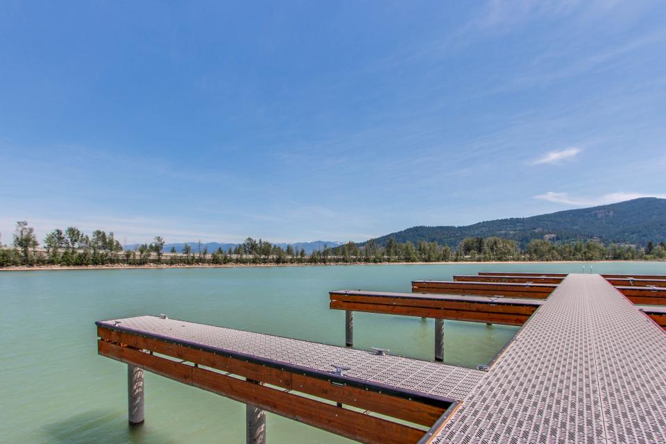 Affordable Waterfront Retreat - Sandpoint Vacation Rental - Photo 27