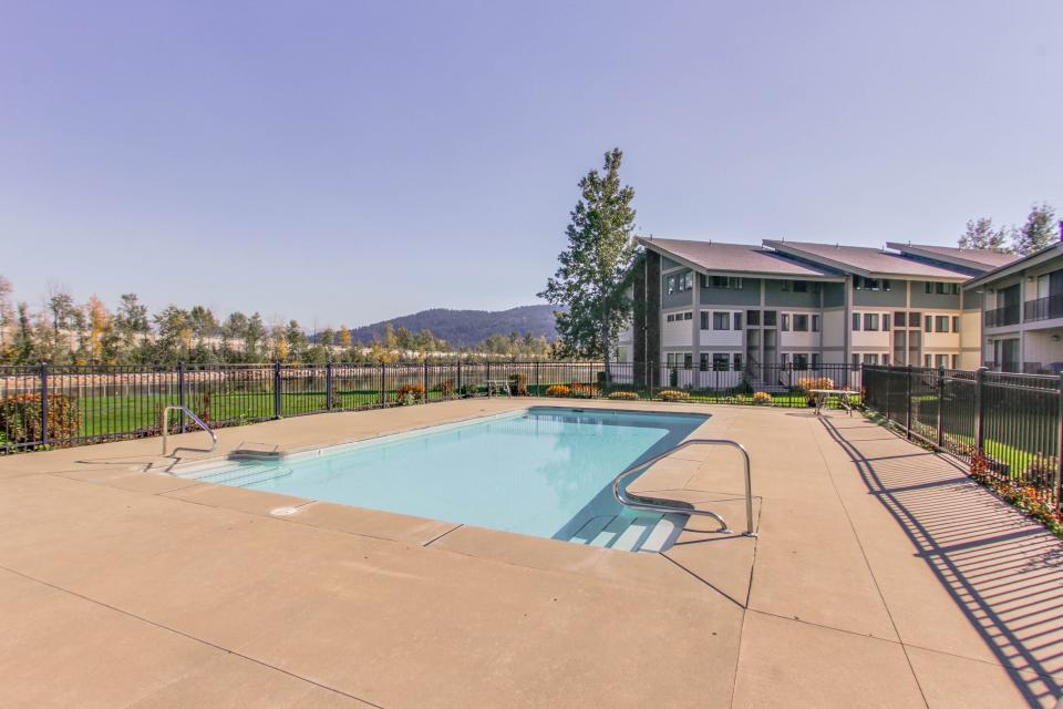 Affordable Waterfront Retreat - Sandpoint Vacation Rental - Photo 19