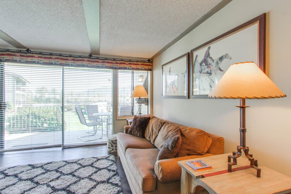Affordable Waterfront Retreat - Sandpoint Vacation Rental - Photo 9