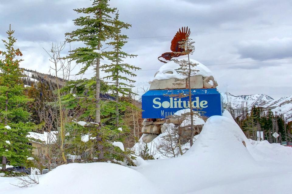 Eagle Springs East 214: Grosbeak Suite - Solitude Vacation Rental - Photo 46