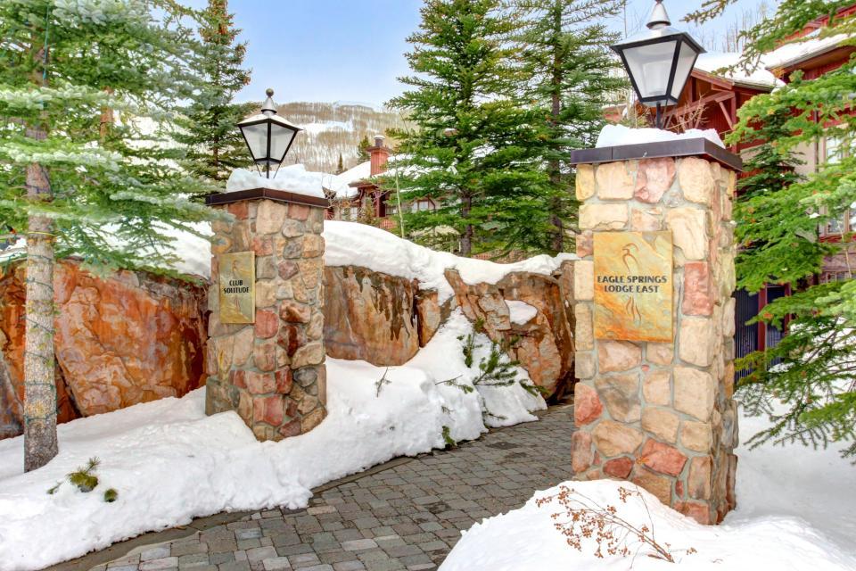 Eagle Springs East 214: Grosbeak Suite - Solitude Vacation Rental - Photo 45