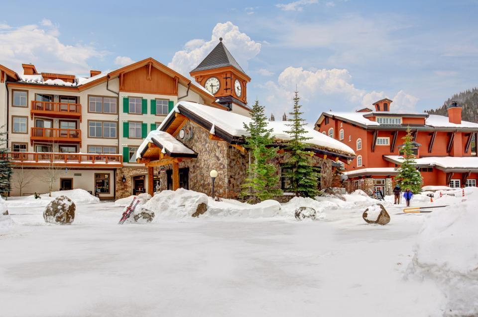 Eagle Springs East 214: Grosbeak Suite - Solitude Vacation Rental - Photo 51