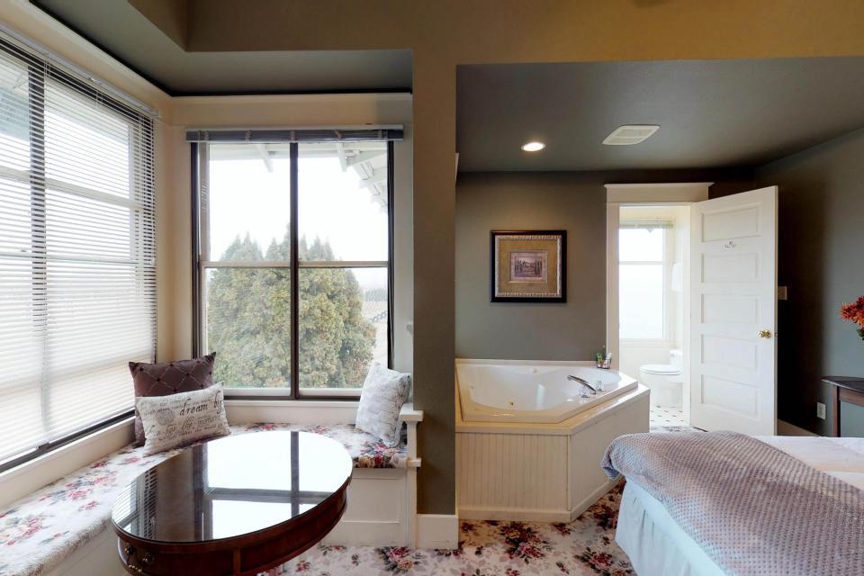 Anne Suite - Yakima Vacation Rental - Photo 5