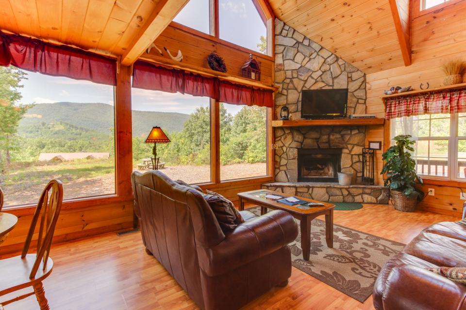 Grandview Cabin - Sautee Nacoochee Vacation Rental