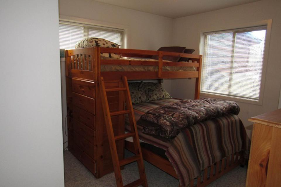 Mountain Safari Lodge - McCall Vacation Rental - Photo 19