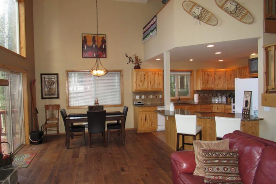 Mountain Safari Lodge - McCall Vacation Rental - Photo 4