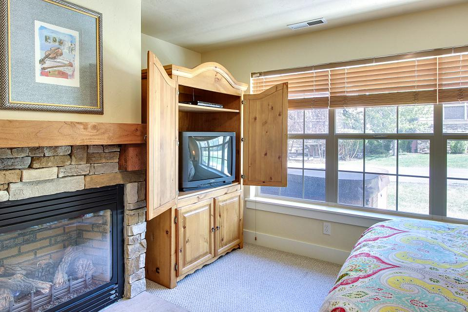 Kodiak Home with Private Hot Tub 1 - Park City Vacation Rental - Photo 30