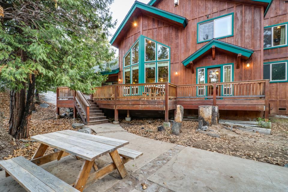 Rocky Pines Lodge - Shaver Lake Vacation Rental - Photo 31