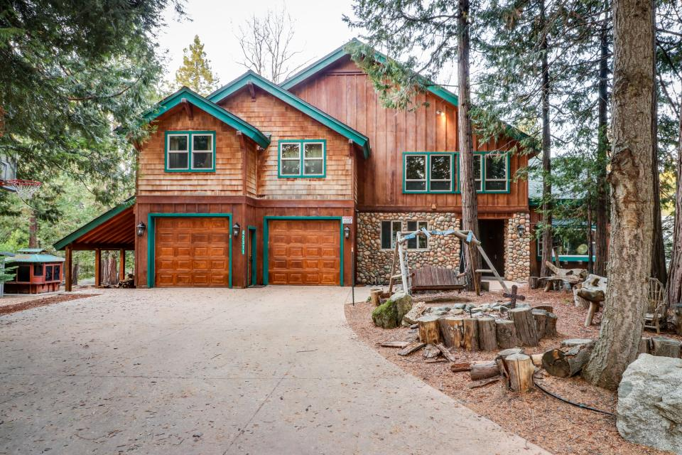 Rocky Pines Lodge - Shaver Lake Vacation Rental - Photo 30