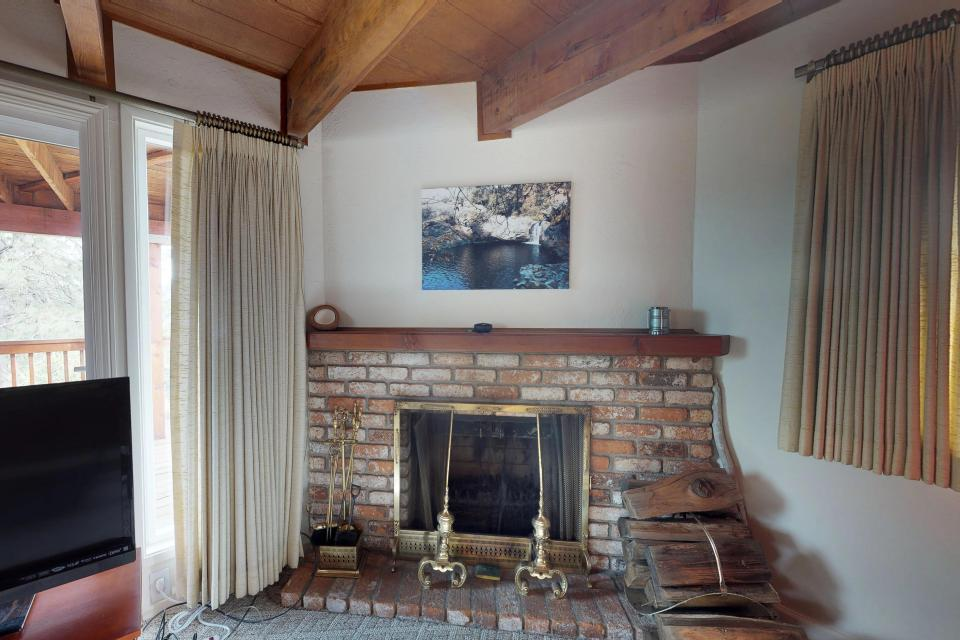 The Mountain House - Groveland Vacation Rental - Photo 17