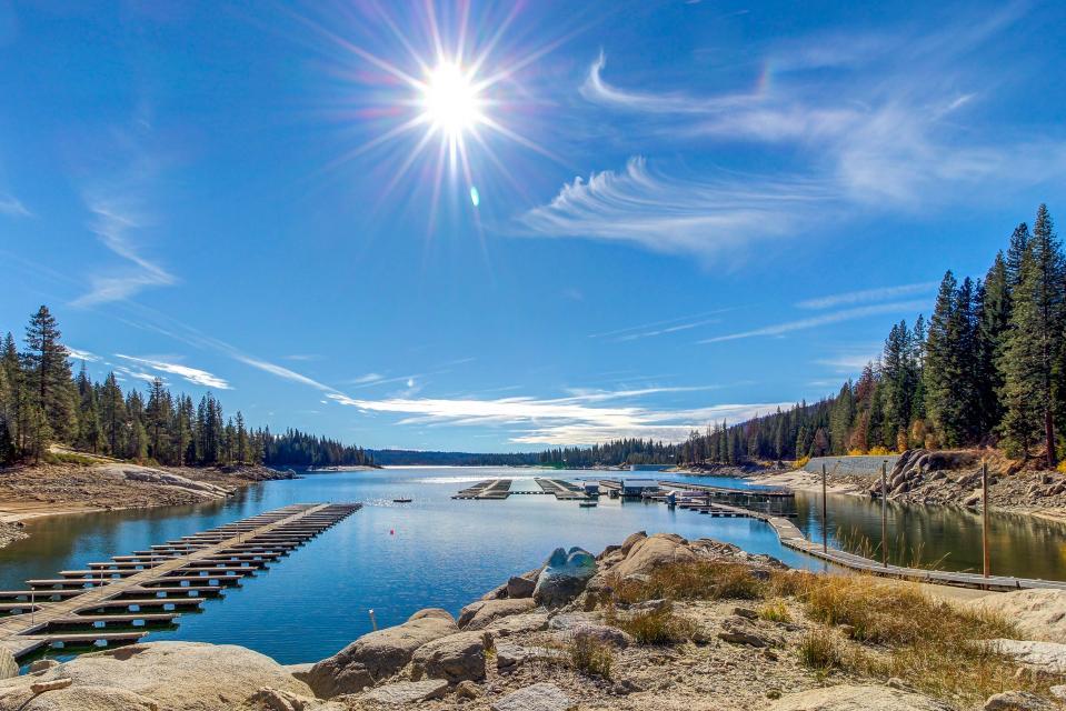 Rocky Pines Lodge - Shaver Lake Vacation Rental - Photo 36
