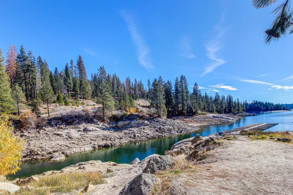 Rocky Pines Lodge - Shaver Lake Vacation Rental - Photo 34
