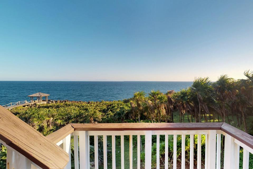 Villa Hermosa Vista - West Bay Vacation Rental - Photo 28