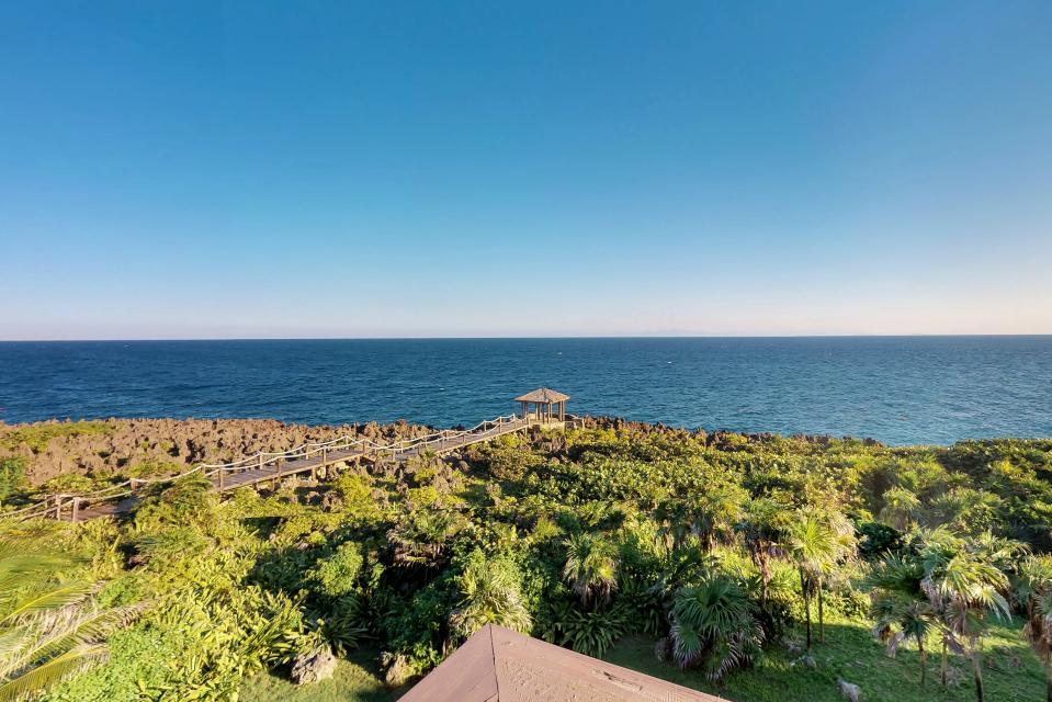 Villa Hermosa Vista - West Bay - Take a Virtual Tour