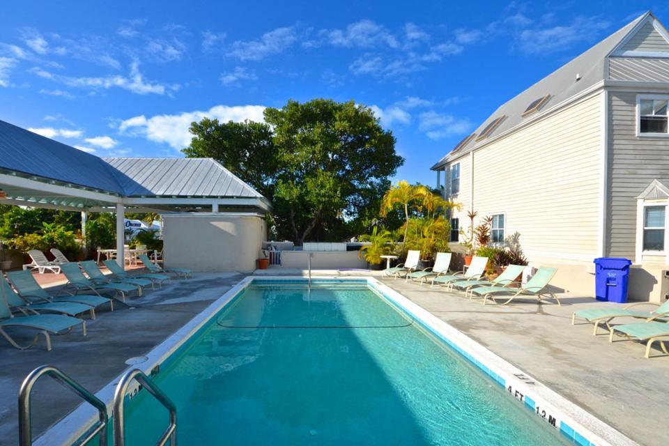 Casa Cubana @ Duval Square R14 - Key West Vacation Rental - Photo 16