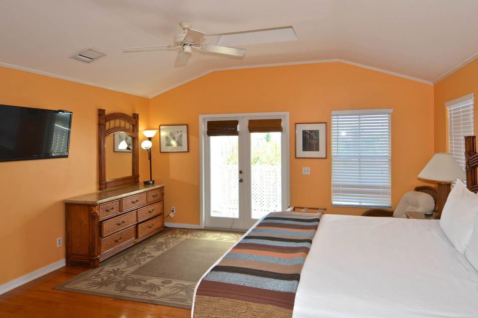 Casa Cubana @ Duval Square R14 - Key West Vacation Rental - Photo 18