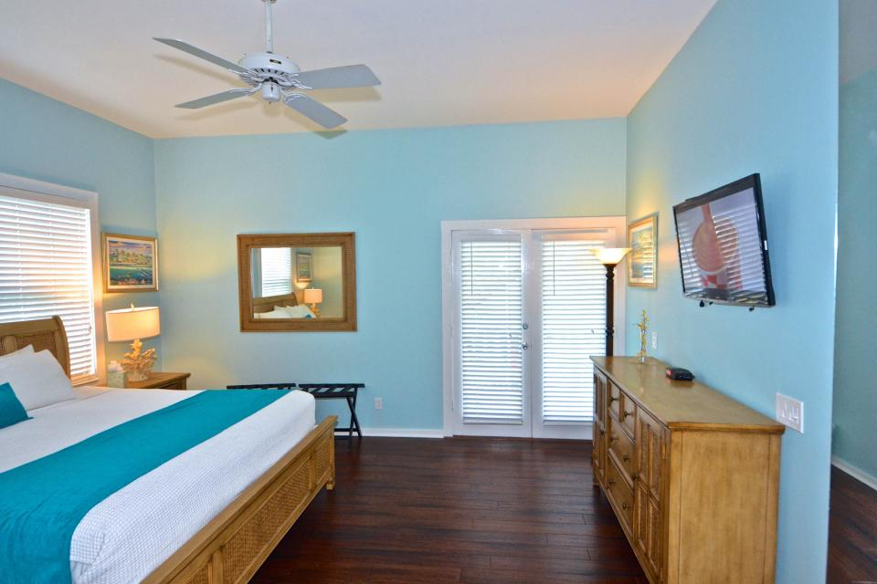 Casa Key West @ Duval Square - Key West Vacation Rental - Photo 12