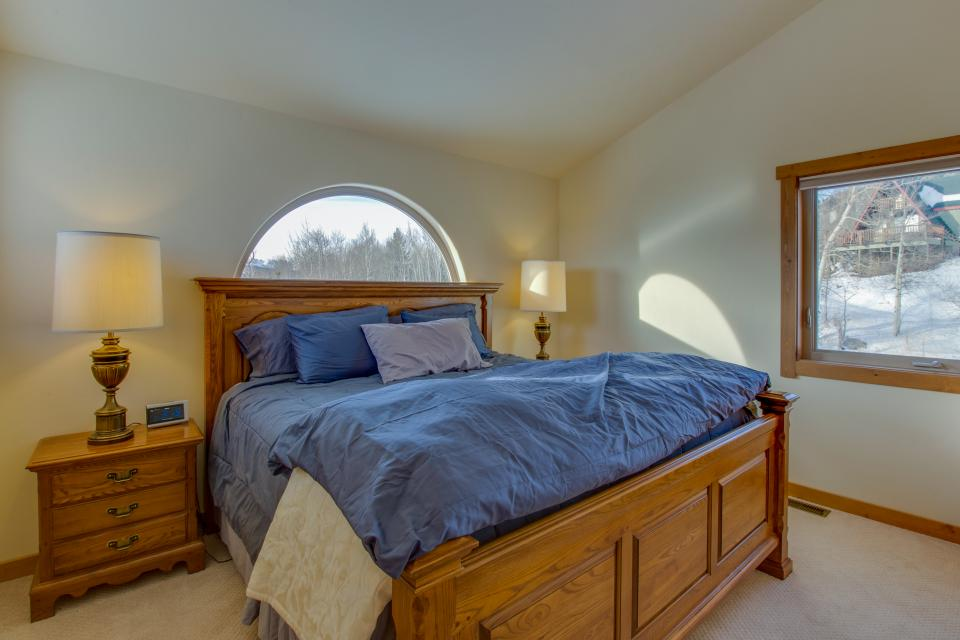 Ptarmigan Mountain Home  - Silverthorne Vacation Rental - Photo 16