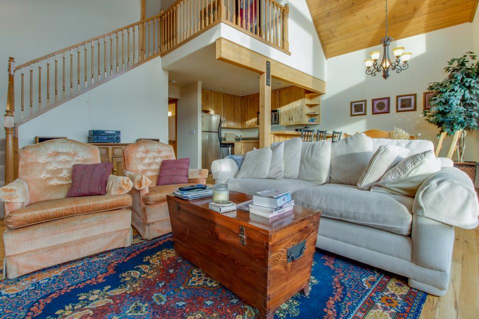 Ptarmigan Mountain Home  - Silverthorne Vacation Rental - Photo 8