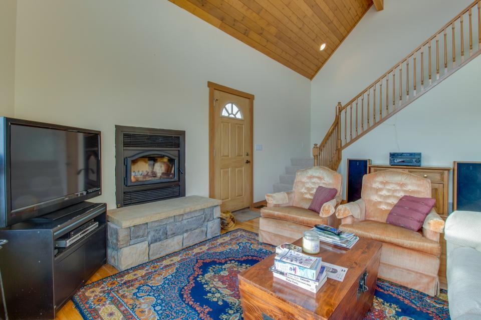 Ptarmigan Mountain Home  - Silverthorne Vacation Rental - Photo 6