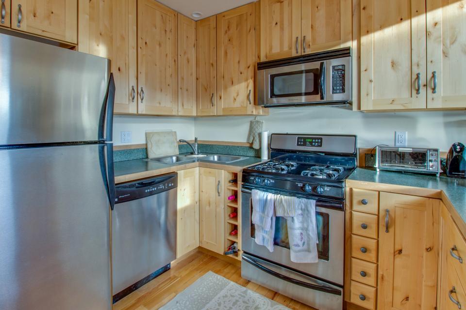 Ptarmigan Mountain Home  - Silverthorne Vacation Rental - Photo 5