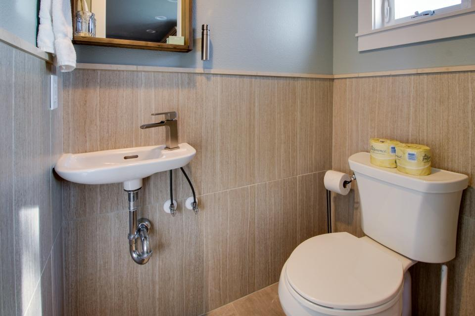 Clam Cannery #3 - Oceanside Vacation Rental - Photo 15