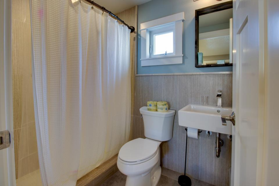 Clam Cannery #3 - Oceanside Vacation Rental - Photo 11