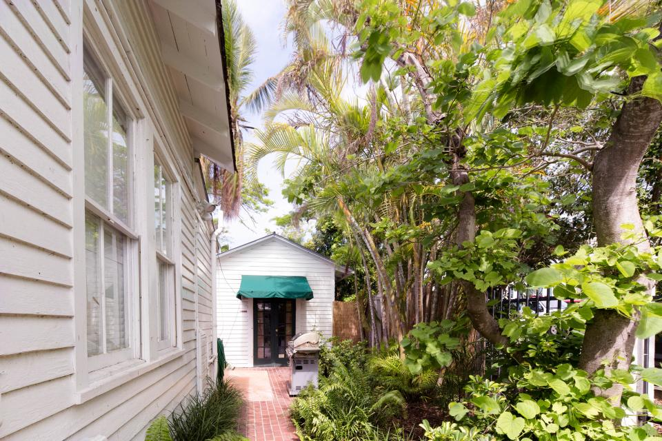 Tropical Retreat  - Key West Vacation Rental - Photo 33