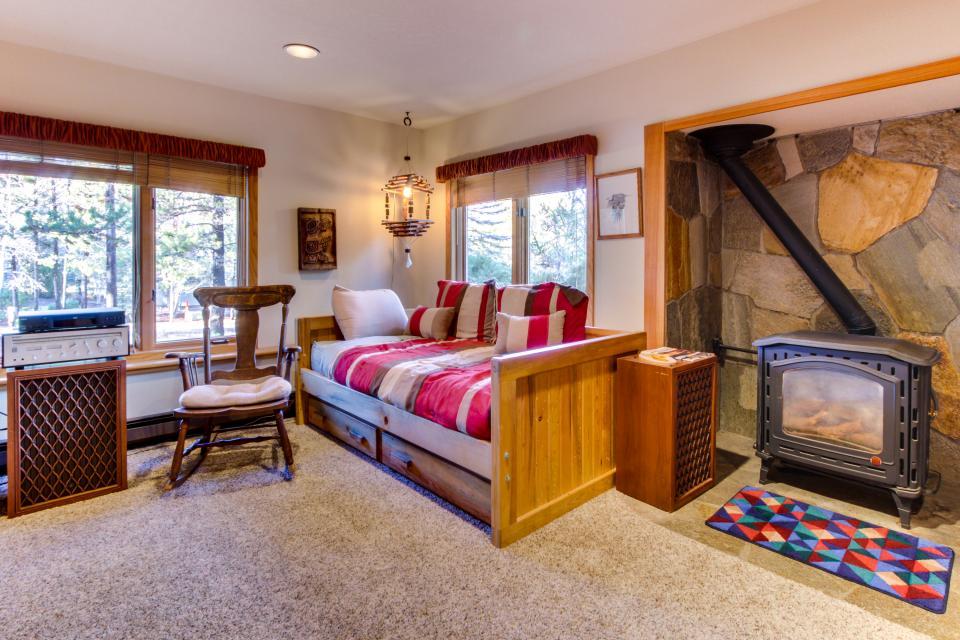 5 Tan Oak - Sunriver Vacation Rental - Photo 13