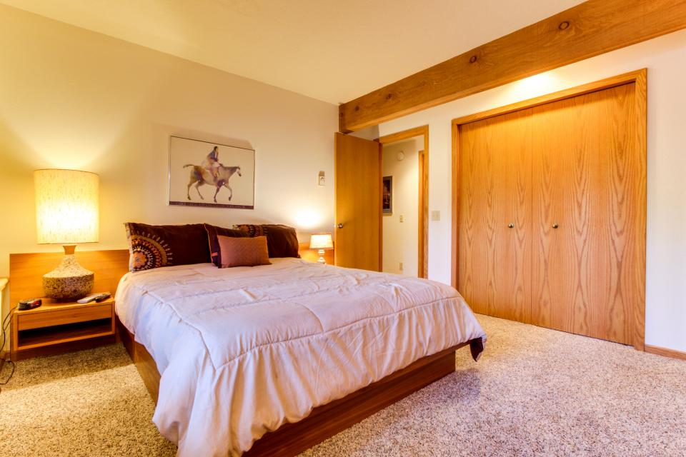 5 Tan Oak - Sunriver Vacation Rental - Photo 17