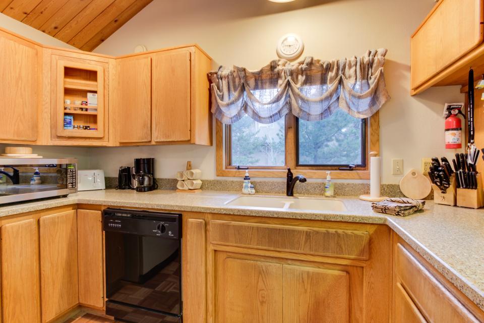 5 Tan Oak - Sunriver Vacation Rental - Photo 8